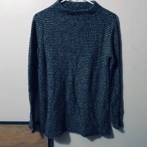 Black and White Super Soft Old Navy Sweater